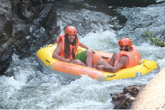 Thrilling game – Rafting tour (Foreign Guests)